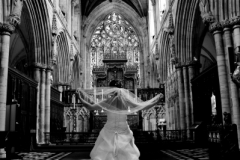 bride-selby-abbey