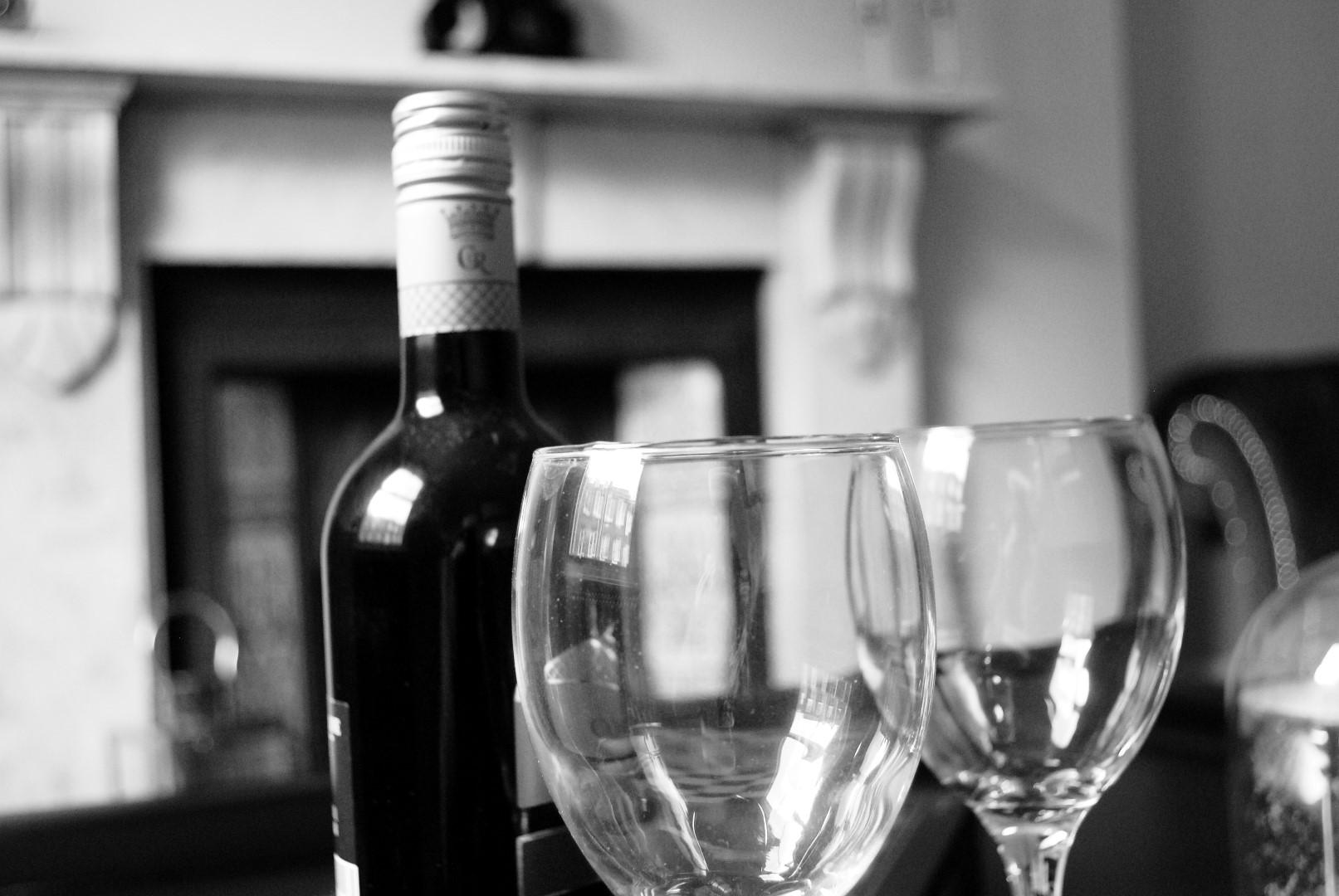 property-photographer-yorkshire-detail-bottle