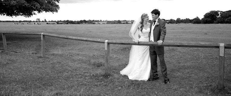 Meg and Tom - wedding photography Beverley - PapaKata and St Mary's Church