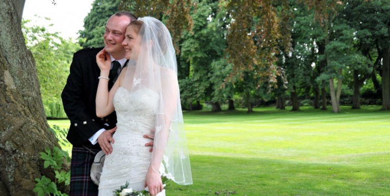 Sarah and David, wedding photography in Malton, The Old Lodge Malton, Yorkshire