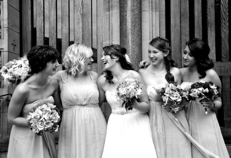 weddings-in-york-bridemaids