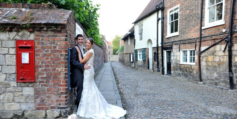Caroline and Andy, York Minster gardens and The Merchant Adventurer's Hall, wedding photography York